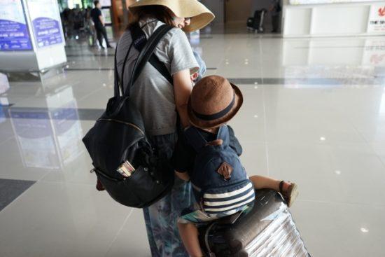 子供が乗れるキャリーバッグ人気の口コミと評判。楽天通販で送料無料!