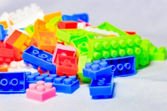 レゴ3歳の男の子向けのクリスマスプレゼントは小さいの大きいのどっちがオススメ?